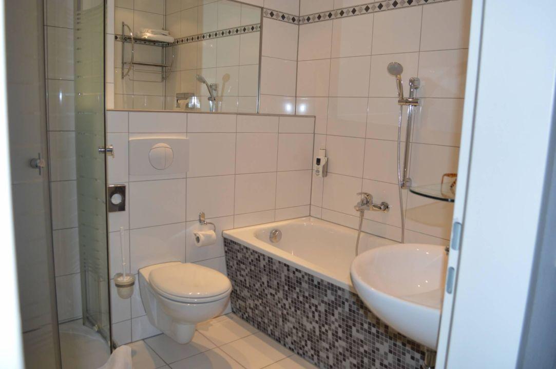 Badezimmer hotel tiergarten berlin berlin mitte for Badezimmer berlin