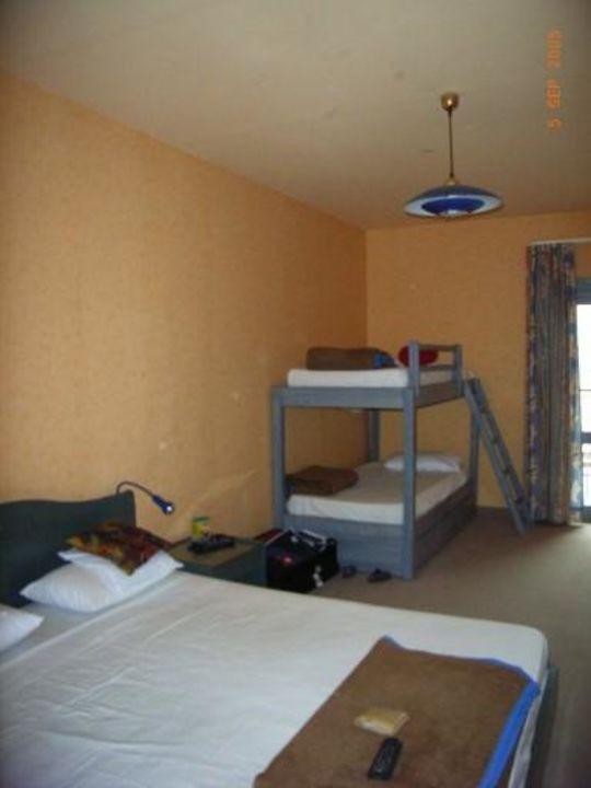 Familienzimmer Hotel Roda Beach