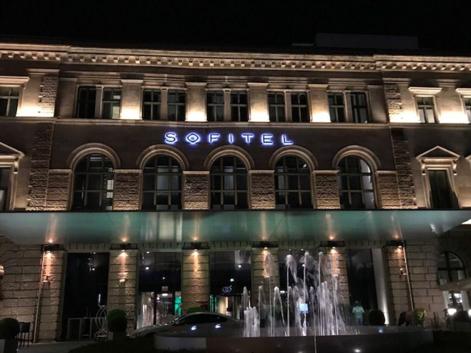 Außenansicht Sofitel Munich Bayerpost Hotel