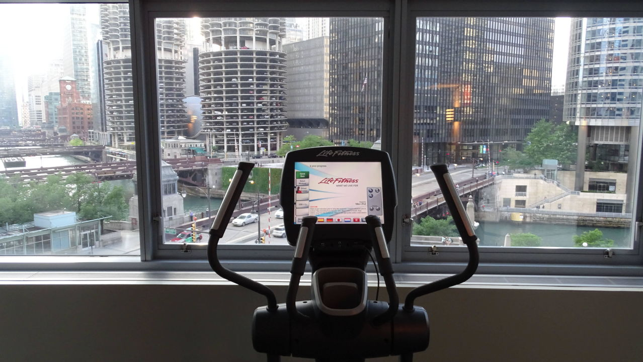 Vom Fitnessraum Hotel Wyndham Grand Chicago Riverfront