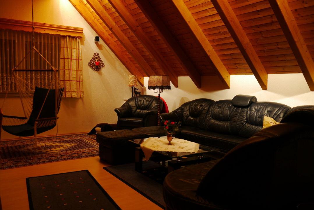 Wohnzimmer mit Hängesessel / Schaukel\