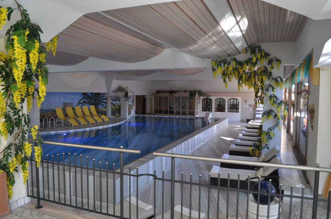 Hallenbad Hotel Cervosa