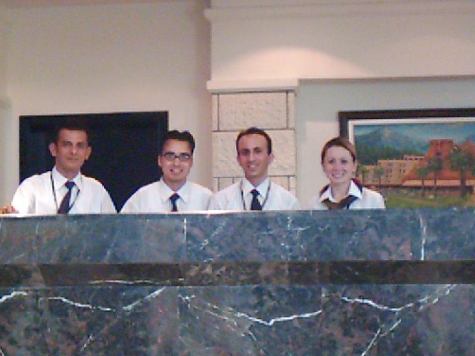 Das Team der Rezeption Queen's Park Resort Göynük