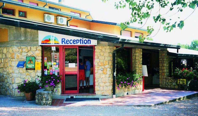 Reception- entrata del villaggio Hotel La Casetta