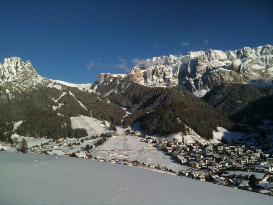 Blick ins Tal im April Ferienwohnungen Plotschhof