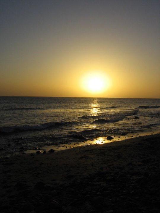 Sonnenuntergabg an der Promenade Lopesan Costa Meloneras Resort, Spa & Casino
