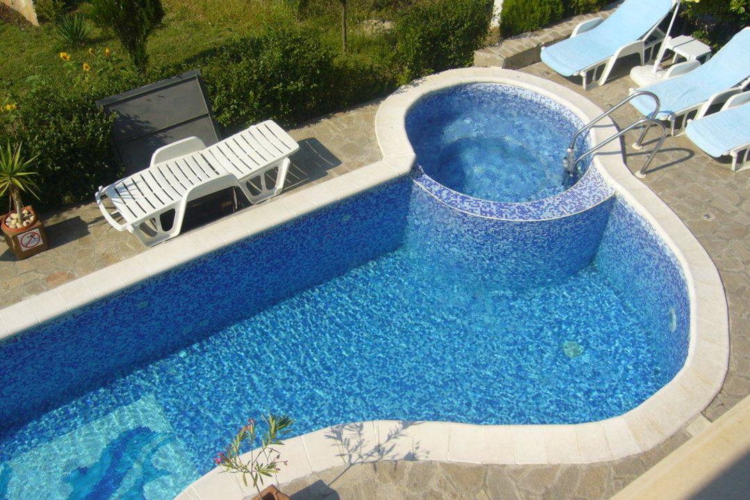 pool whirlpool hotel juzhni noshti sveti vlas holidaycheck bulgarien s den bulgarien. Black Bedroom Furniture Sets. Home Design Ideas