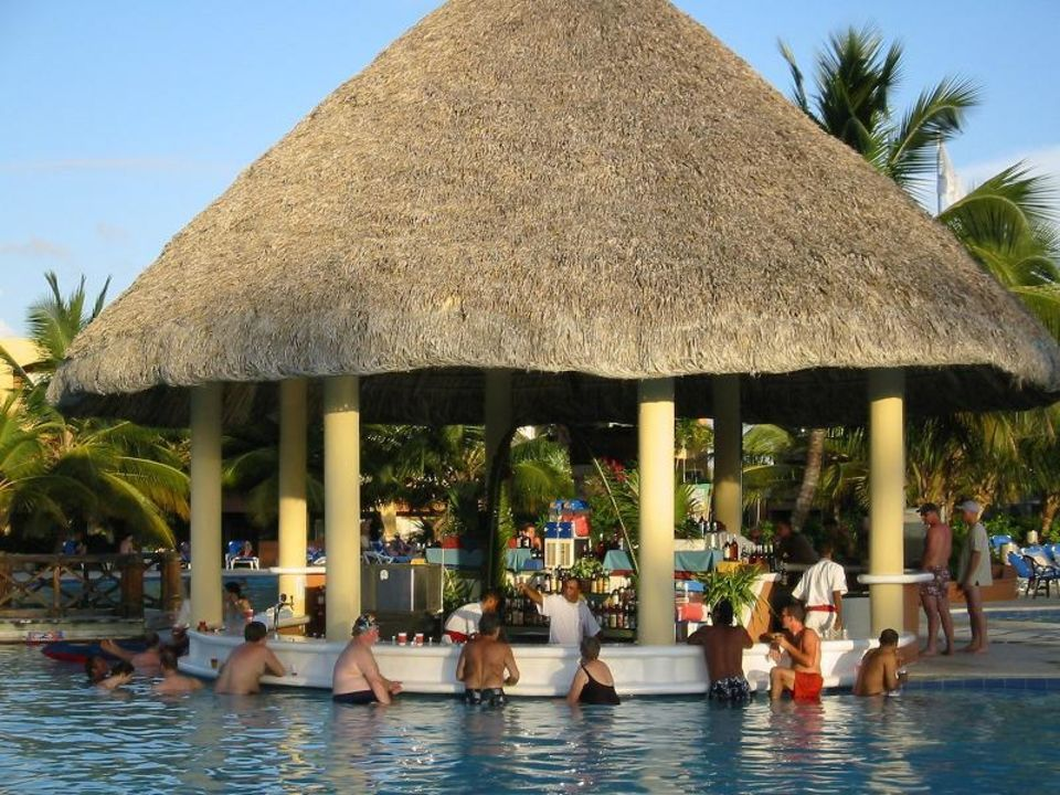 Coral Canoa Beach - Poolbar Be Live Collection Canoa