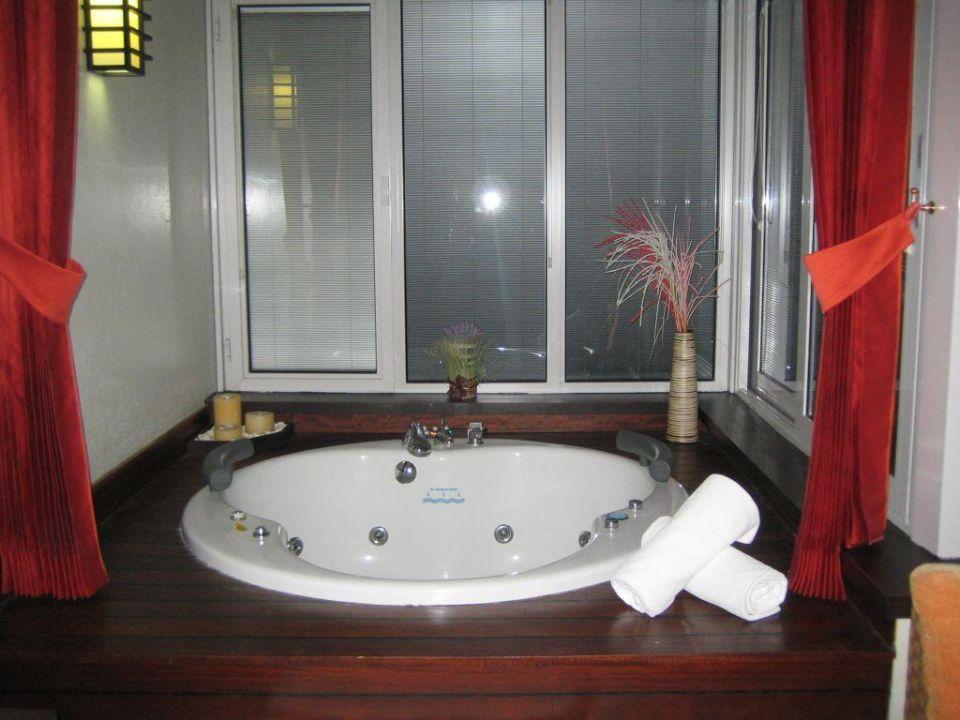 japanisches jacuzzi bad hotel limak lara de luxe in lara holidaycheck t rkische riviera t rkei. Black Bedroom Furniture Sets. Home Design Ideas