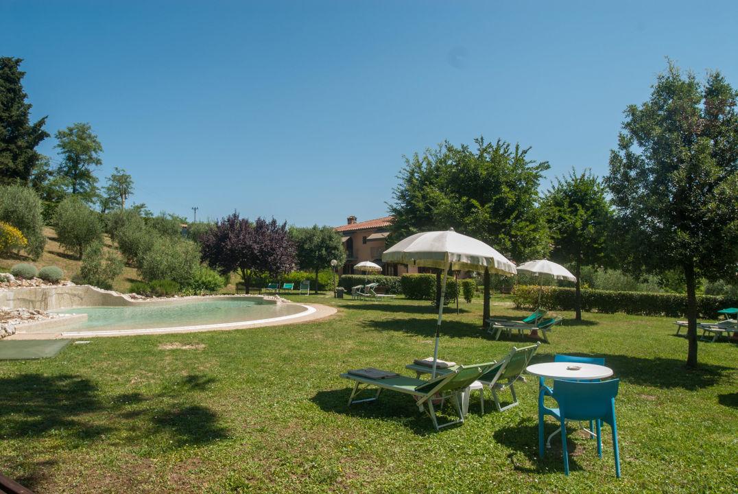 Vista piscina piccola hotel sovestro san gimignano - Piccola piscina ...