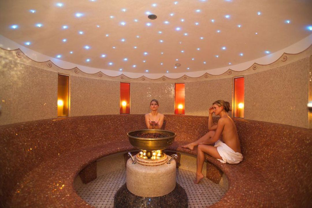 Hotel Aroma Spa