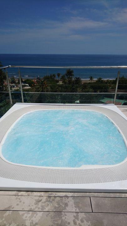 Whirlpool auf dem Hoteldach Bull Costa Canaria & Spa - Adults only