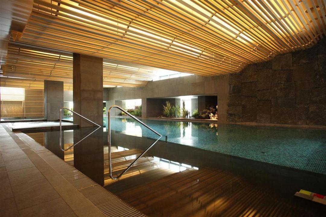 Indoor Pool Banyan Tree Club & Spa Seoul