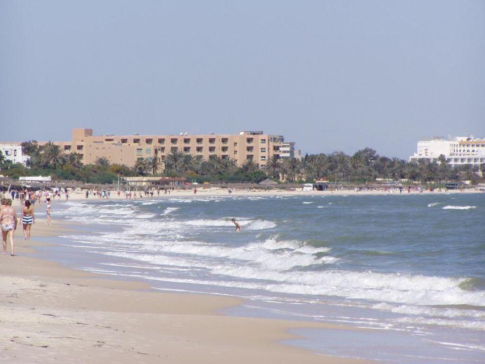 Strand mit Hotel Karthago El Ksar Hotel  El Ksar Resort & Thalasso
