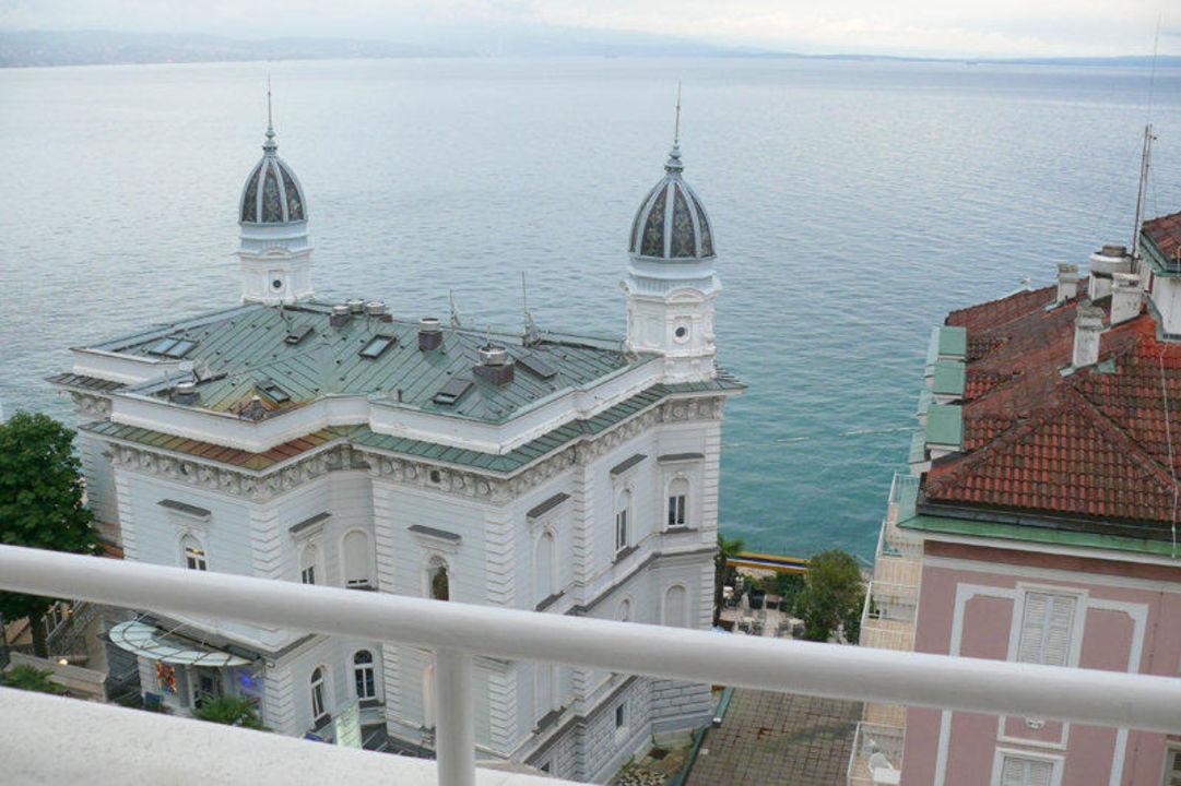 Blick vom Balkon aufs Meer Hotel Astoria by OHM Group