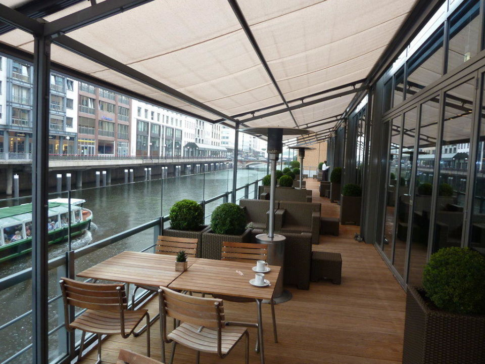 Bar Bistro Au Enbereich Am Fleet Hotel Sofitel Hamburg Alter Wall In Hamburg Holidaycheck