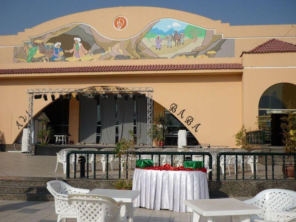 Budynek główny Hotel Ali Baba Palace