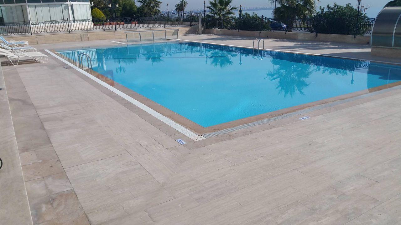 Project vinkeveen natuursteen zwembad en terras diamond stone b v