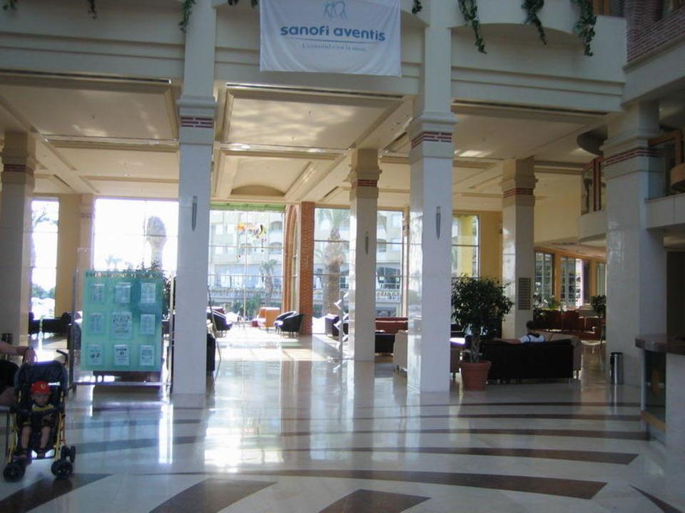 Empfangshalle Hotel Silence Beach Resort
