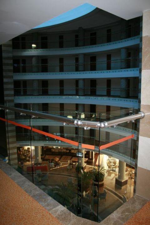 Von der Etage aus geknipst, Blick in die Lobby Kirman Leodikya Resort