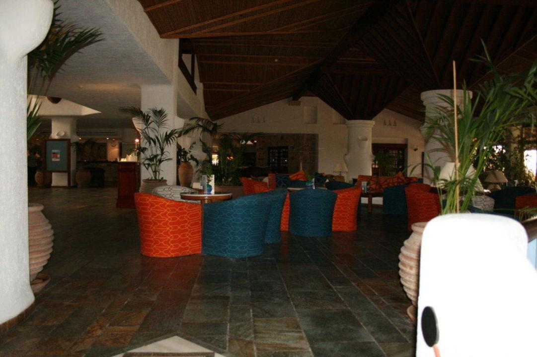 Lobby Hotel Coral Beach Resort