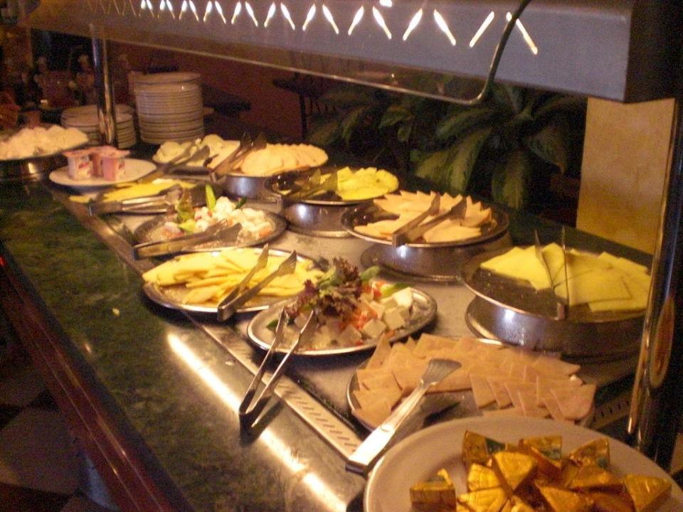 Buffet im Kaiser Dana Beach Resort