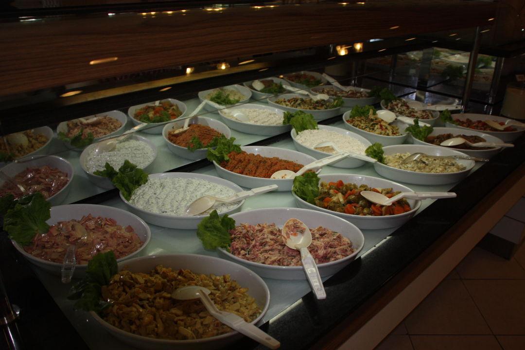 Fertige Salate Hotel Alba Royal