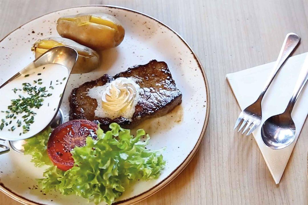 Bio-Alm-Steak Gehwolf Alm