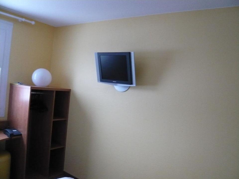 LCD Fernseher B&B Hotel Leipzig-Nord