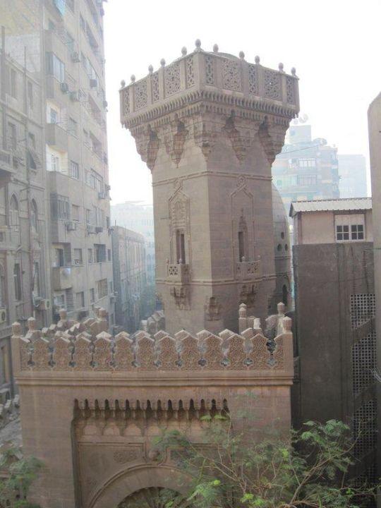 Zimmer 318, Blick auf die Moschee Hotel Victoria