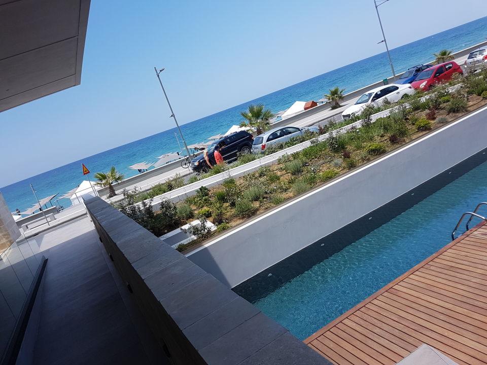 Außenansicht Ikones Seafront Luxury Suites