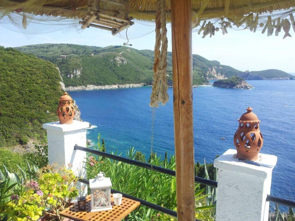 Wie von einem Aussichtspunkt Villa Bouganville