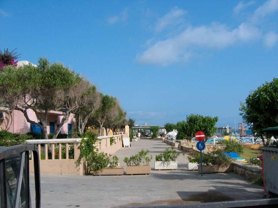 Strandpromenade Silva Beach Hotel