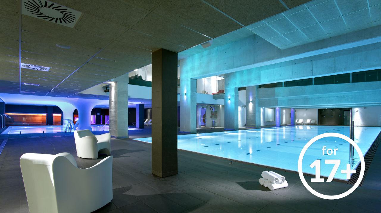 Pool Castro Exclusive Residences Sagrada Familia