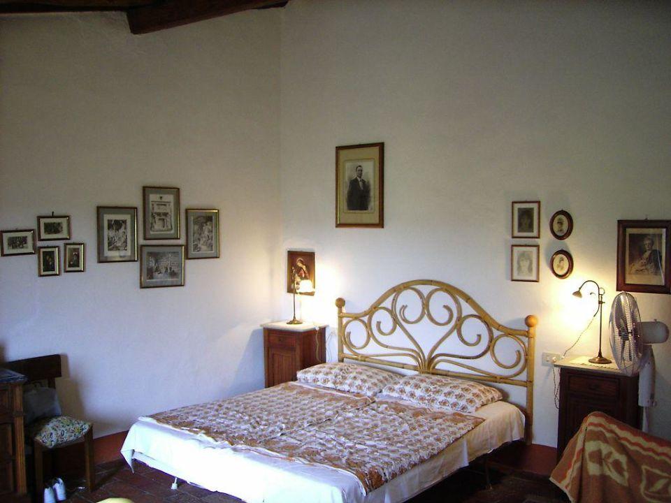 Schlafzimmer 2 Casa Spini Hotel Pozzo Chiaro