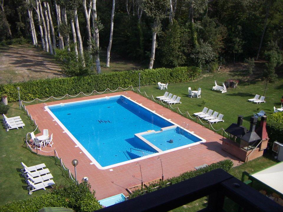 Bild die sch ne gartenanlage zu hotel marilu in eraclea for Garten pool 4m