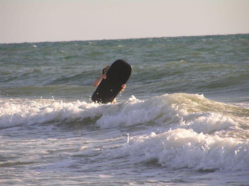 Wellen zum Surfen Hotel Valentin Sancti Petri