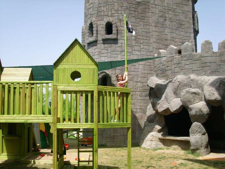 Spielplatz Adalya ArtSide