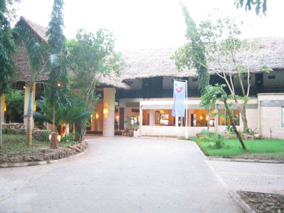 Baobab Beach Resort Eingang Baobab Beach Resort & Spa