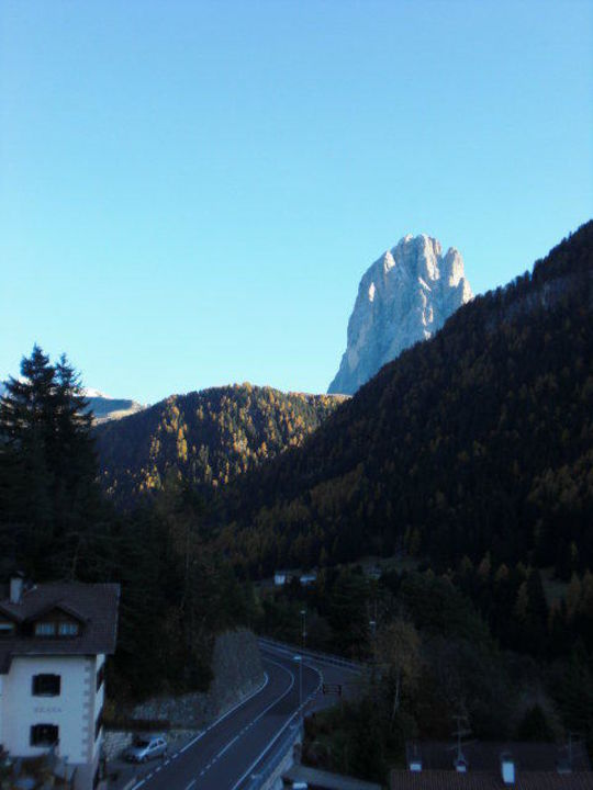 Aussicht vom Balkon auf den Langkofel Hotel Alpin Garden Wellness Resort