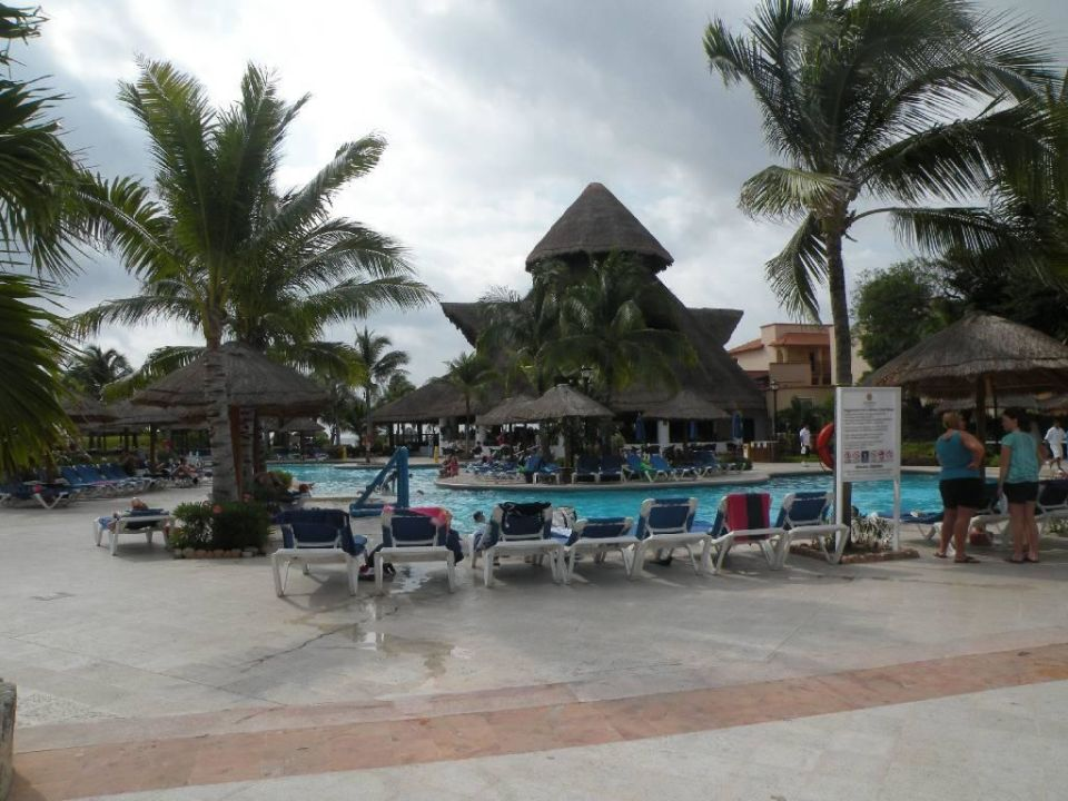 Poolanlage Sandos Playacar Beach Resort
