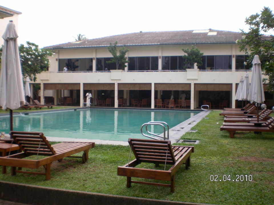 Bild pool zu hotel mermaid in kalutara for Garten pool 4m