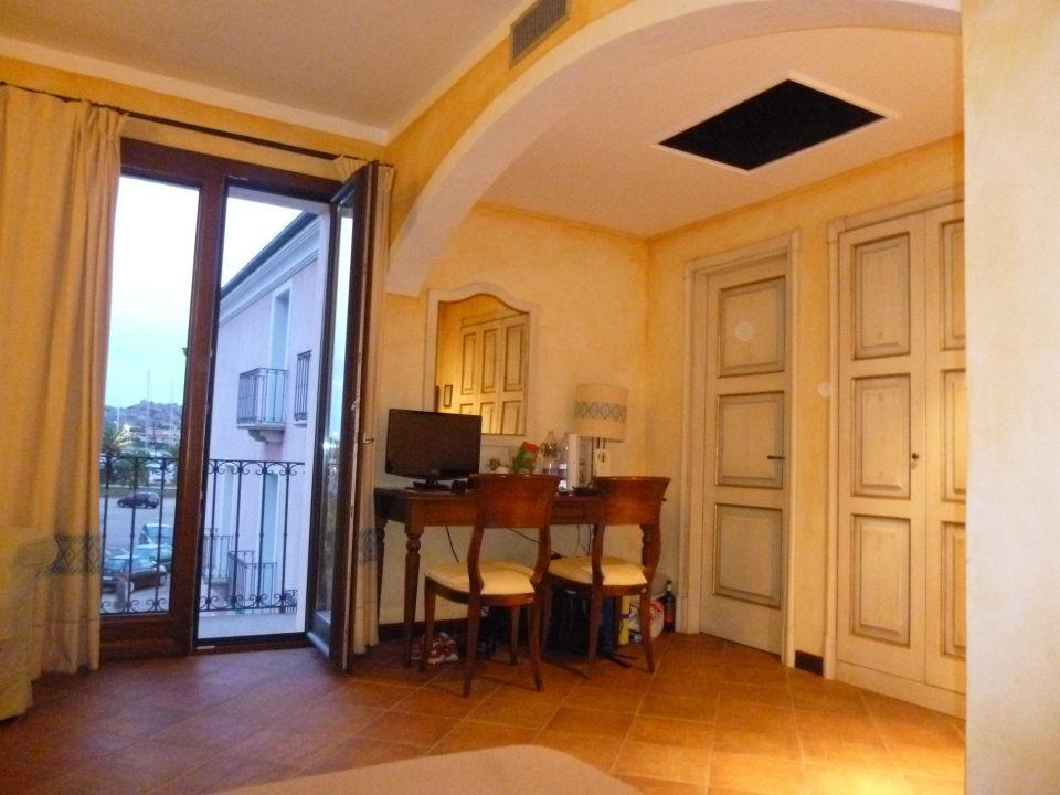 superior zimmer ausblick gute klimaanlage hotel la vecchia fonte palau holidaycheck. Black Bedroom Furniture Sets. Home Design Ideas