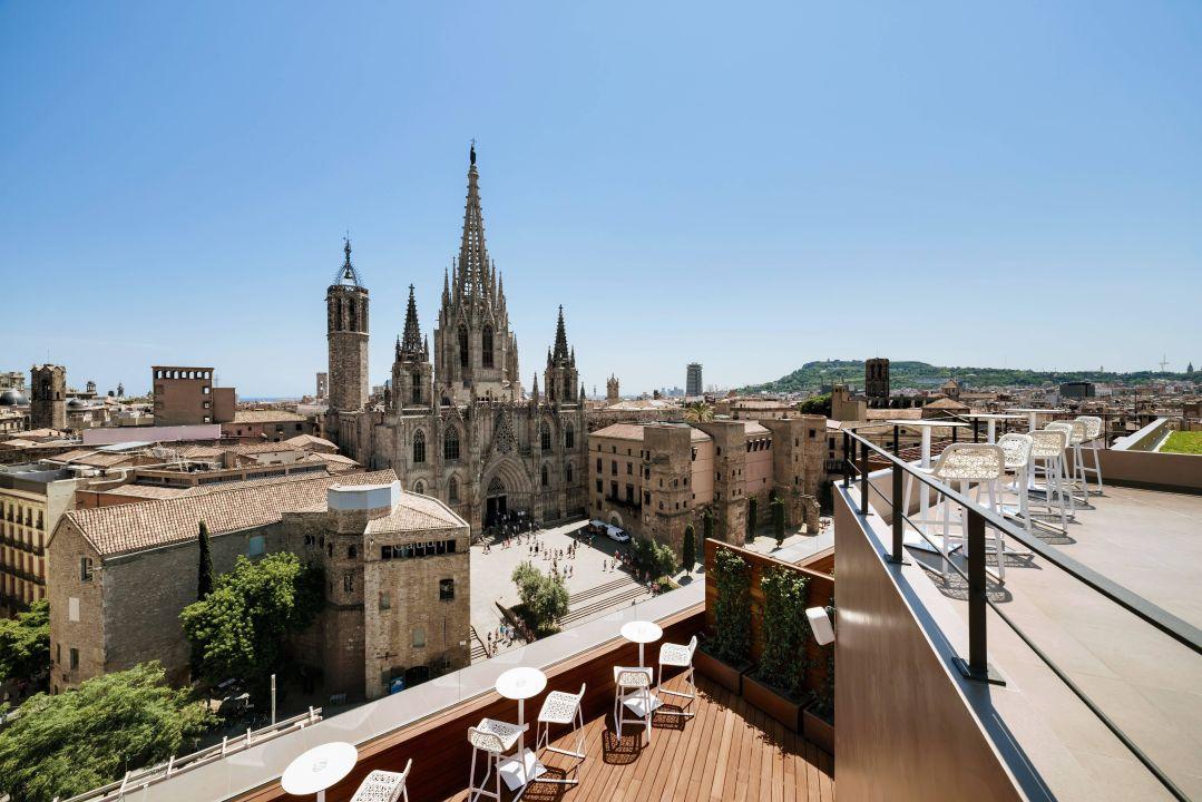 Top floor terrace Colon