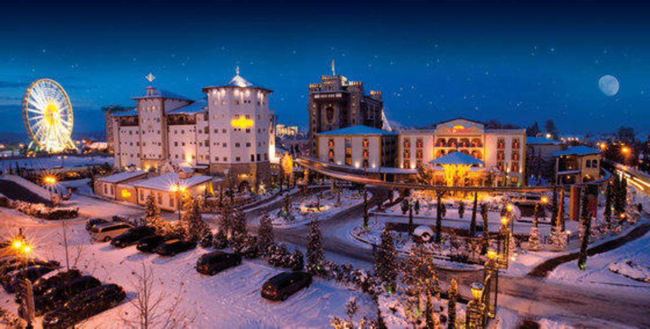 geasamtansicht winter europa park resort hotel el. Black Bedroom Furniture Sets. Home Design Ideas