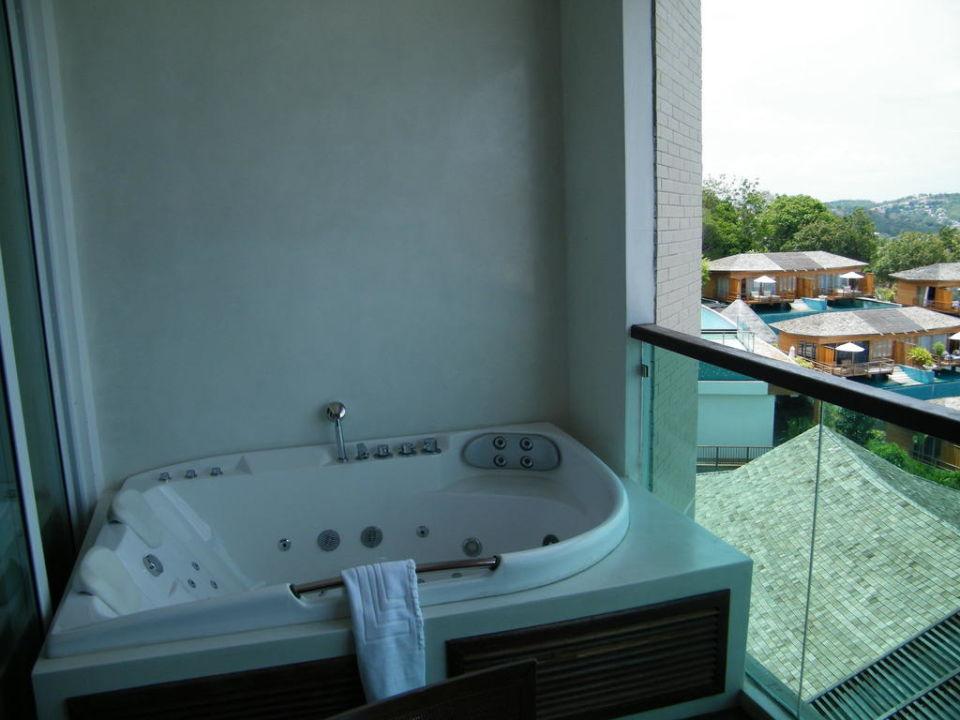 Balkon Jacuzzi Kc Resort And Over Water Villas Big Buddha Beach