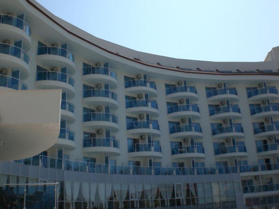 Außenansicht Narcia Resort Side