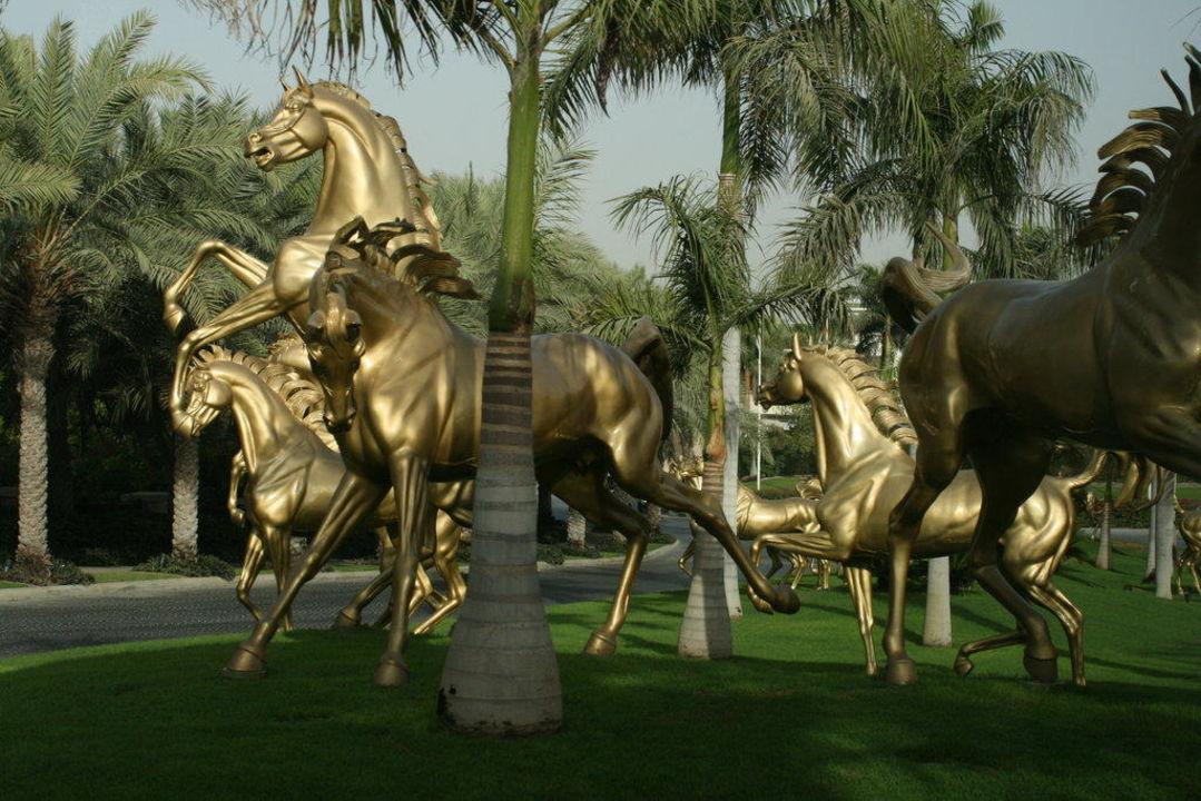 Goldene Pferde