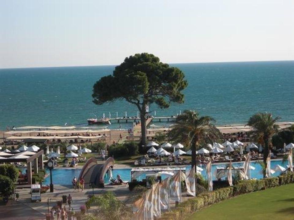 Blick auf Pool und Beach Rixos Premium Belek