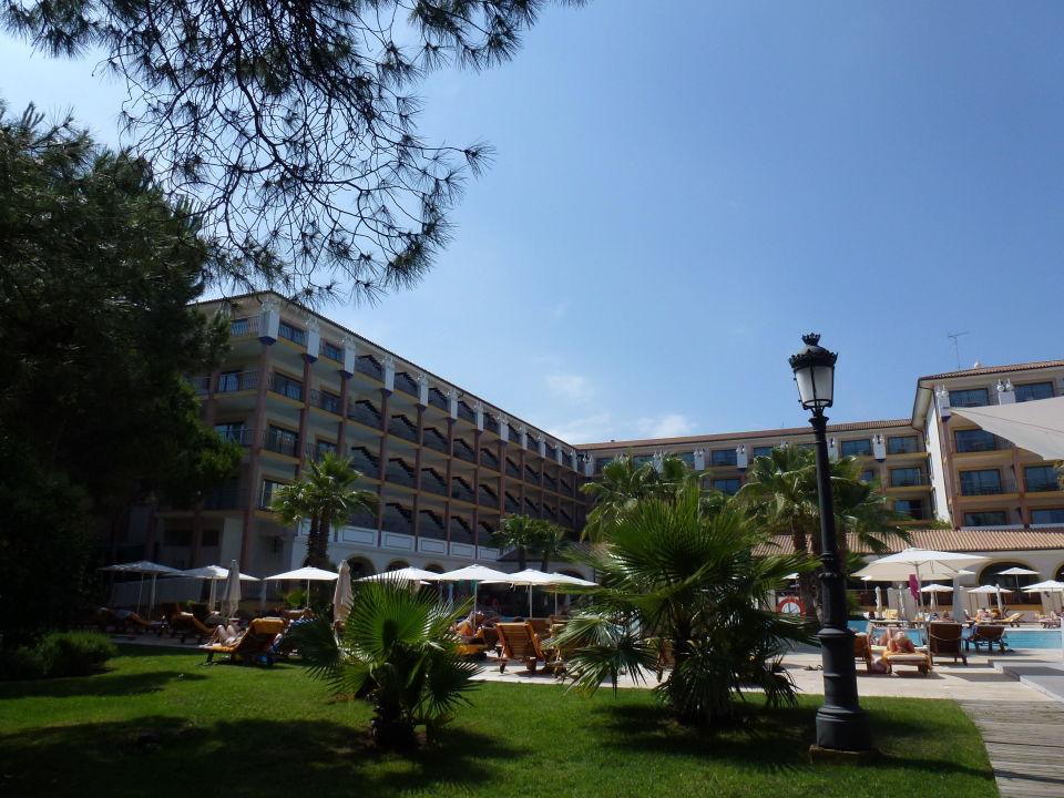 Links vom Strandtor Sensimar Isla Cristina Palace & Spa